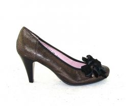 Le Babe bronze metallic court shoe