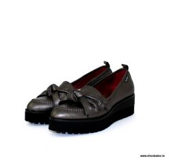 Marco Moreo charcoal loafer with bow