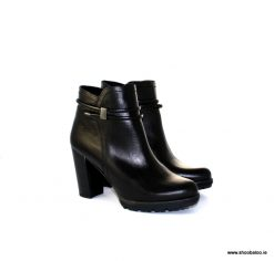 Yokono high black ankle boot