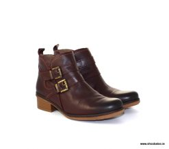 Yokono burgundy biker boot with buckles
