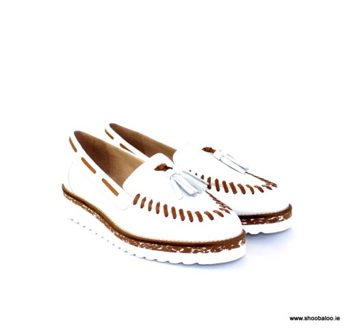 Pinto di Blu white and tan sporty loafer