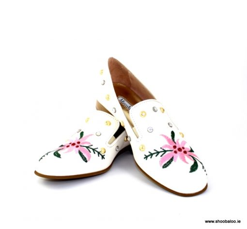 Marco Moreo ivory flower loafer