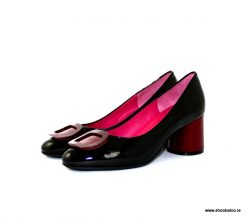 Le Babe black and burgundy new court