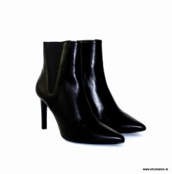 Geox Faviola black leather ankle boot