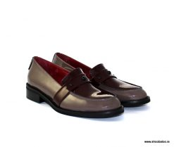 Marco Moreo taupe and burgundy loafer