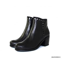 Pinto di Blu ankle boot with studs in black