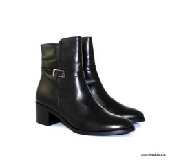 Pinto di Blu black leather ankle boot