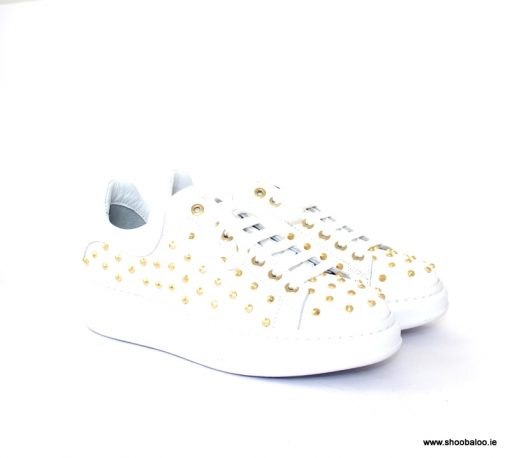 Marco Moreo studded sneaker in white